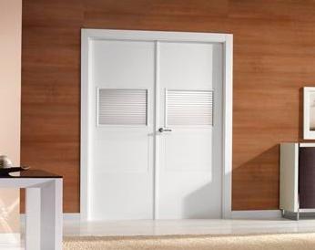 Puertas baratas en madrid tienda de puertas armarios y for Puertas correderas baratas